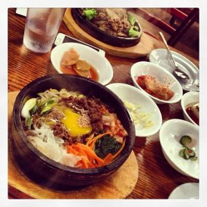 THIS DJ loves eating Korean after the party! Here's Han Bat's famous bimbimbap!